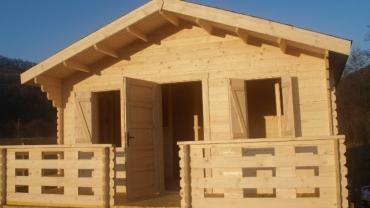 Casa din lemn F2