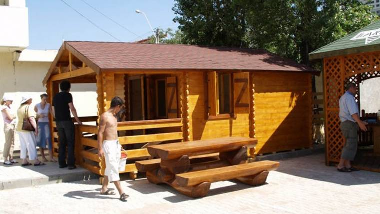 Wooden cottage F12