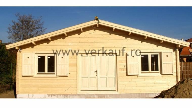 Casa din lemn F18