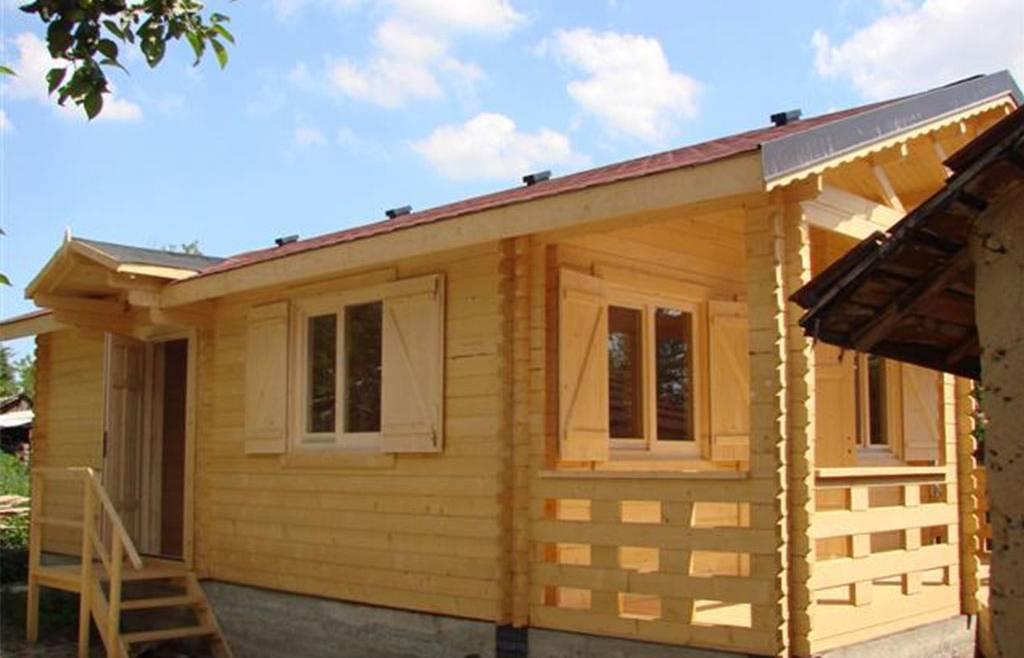 Casa din lemn F8