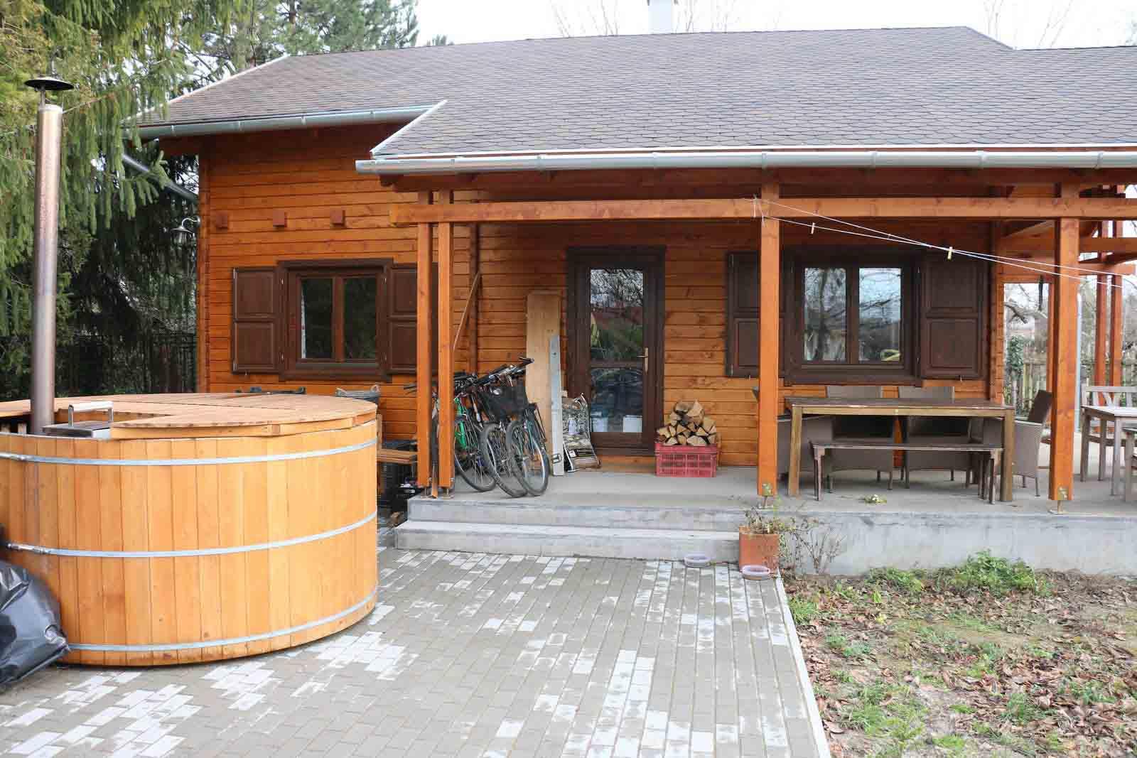 Casa din lemn H7.B