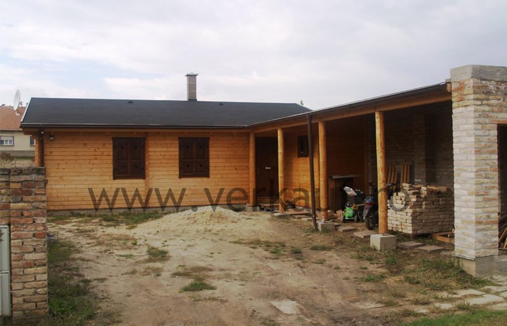 Casa de locuit din lemn L1