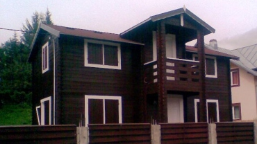Wooden house H4