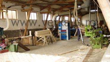hala de productie case din lemn