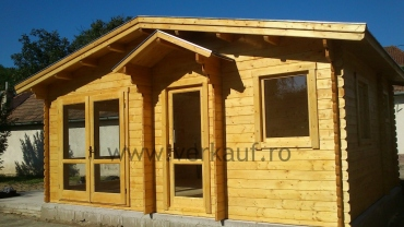 Wooden cottage F15.B