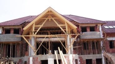 tetőszerkezet építése