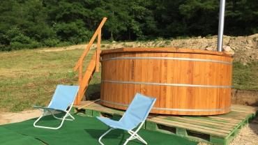 ciubar din lemn pentru baie