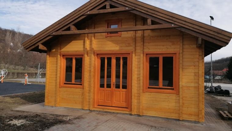 Casa din lemn L10