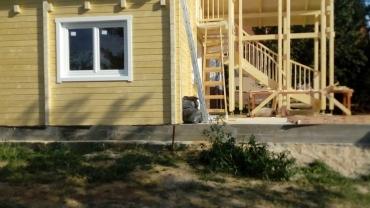Casa din lemn H9